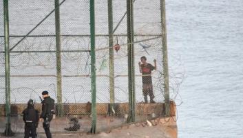 Maroc : Un fourgon avec 50 migrants à bord fonce dans l'enclave espagnole de Ceuta