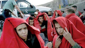 MIGRATION. LES SANS-PAPIERS MAROCAINS AU CŒUR DU CONFLIT CATALAN