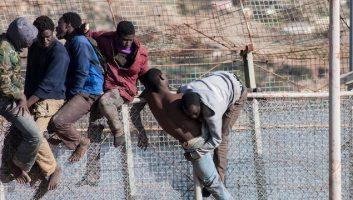 Vidéo. Plus de 300 migrants tentent de s'introduire à Melilla