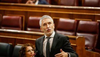 Espagne : Marlaska défend le «rapatriement à chaud» de migrants subsahariens vers le Maroc