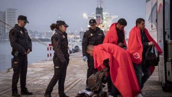 Espagne: un réseau de passeurs de migrants algériens démantelé, 11 arrestations