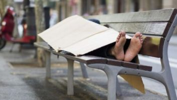 Selon un recensement, 20% des sans-abris de Barcelone sont nés au Maroc